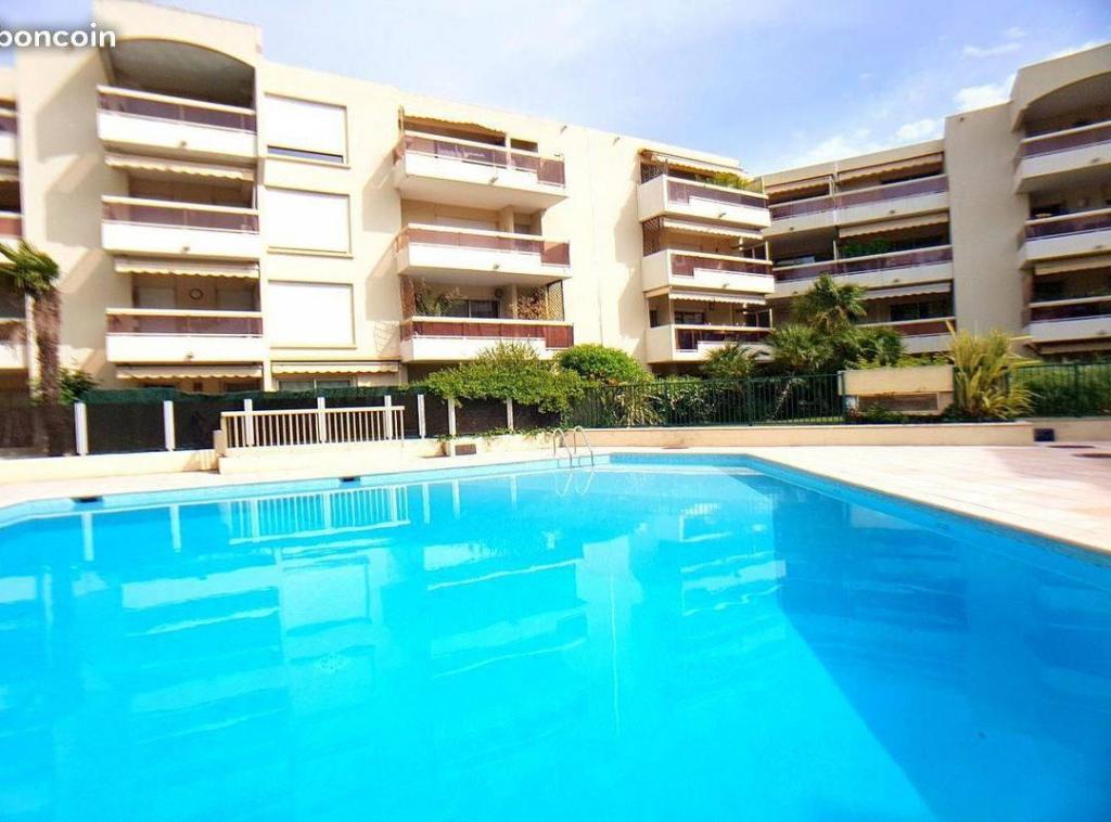 Entre particulier , appartement, de 34m² à Vallauris