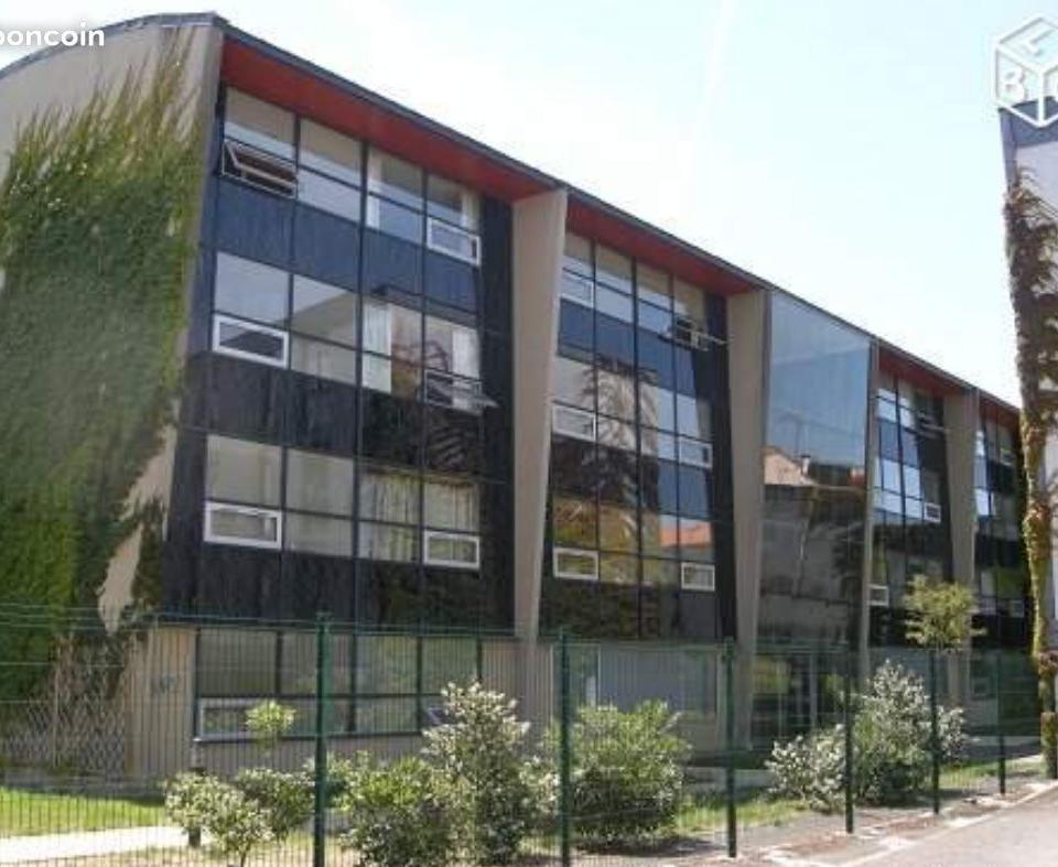 De particulier à particulier , studio, de 20m² à Bordeaux