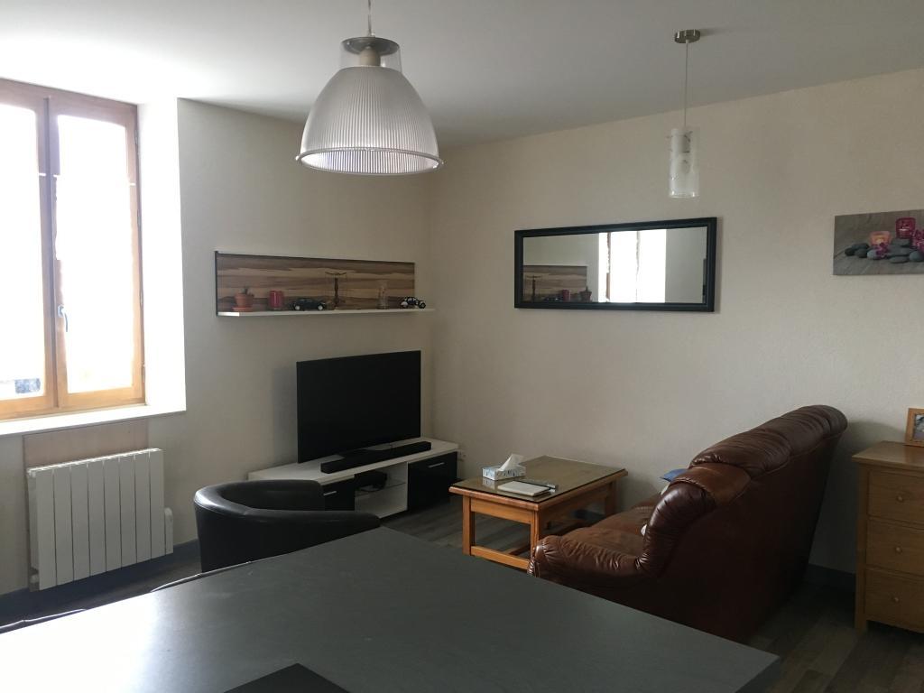 Particulier location, appartement, de 60m² à Meyrieux-Trouet