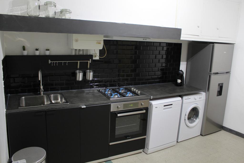 De particulier à particulier, appartement, de 80m² à Carcassonne