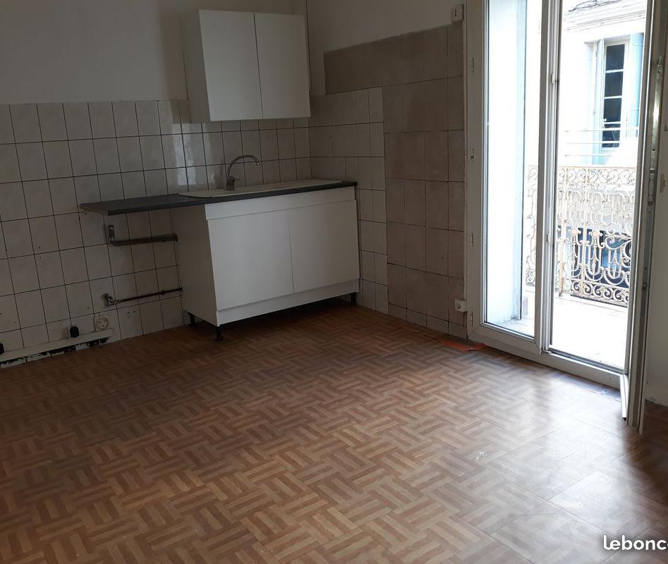 Location immobilière par particulier, Béziers, type appartement, 35m²