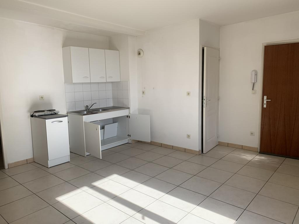 Location appartement entre particulier Saint-Étienne, appartement de 39m²