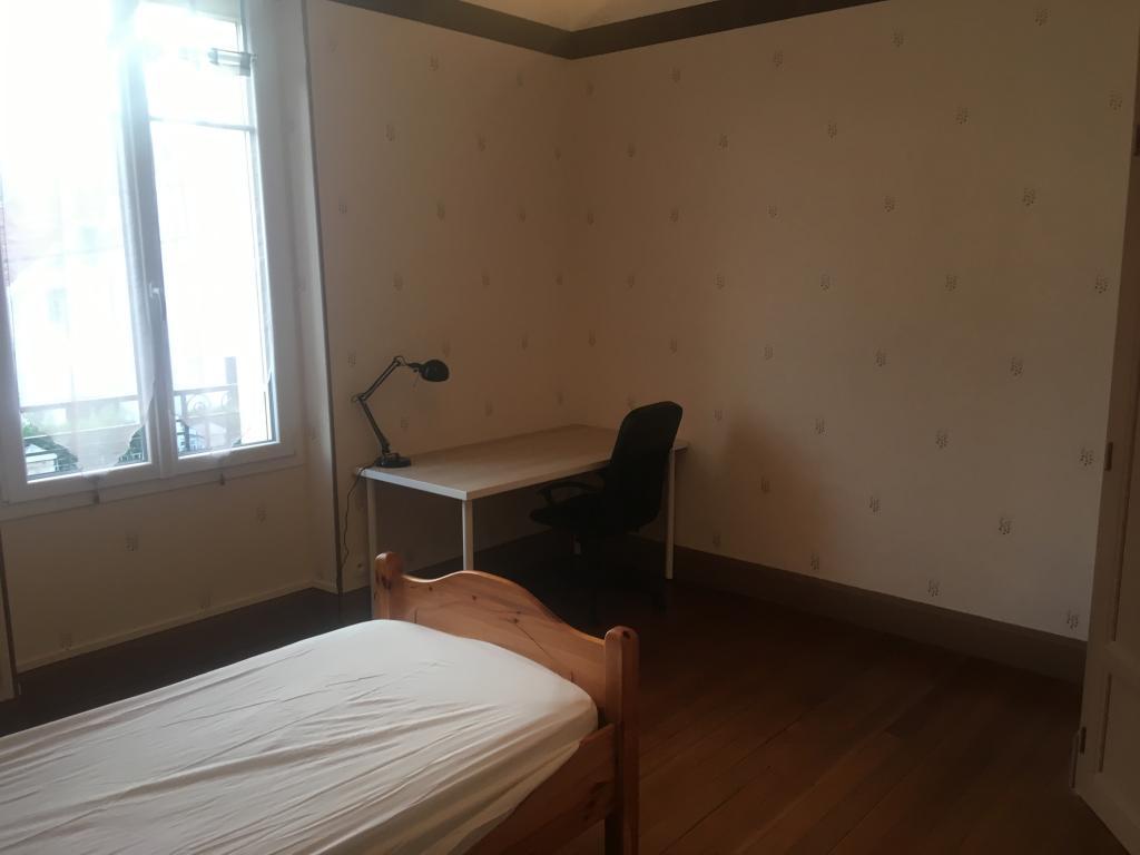Location particulier à particulier, chambre à Dijon, 13m²