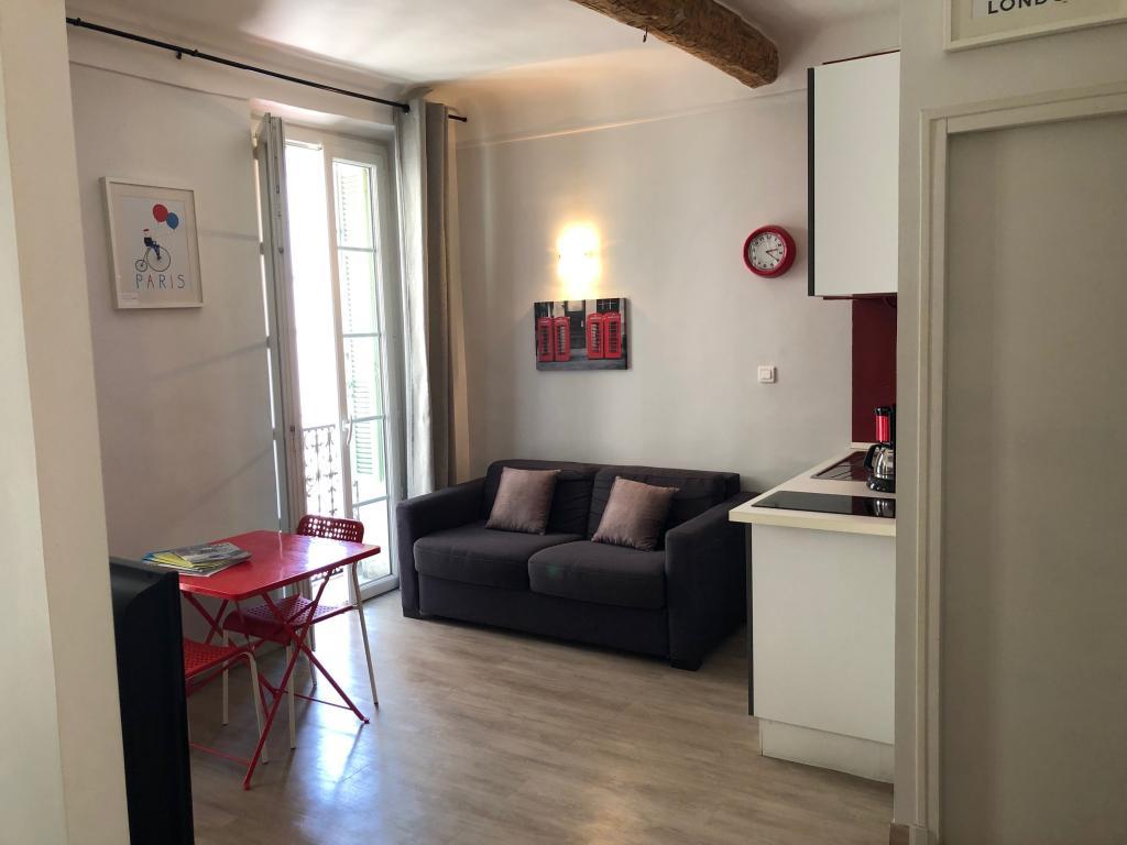 De particulier à particulier, studio à Cannes, 25m²