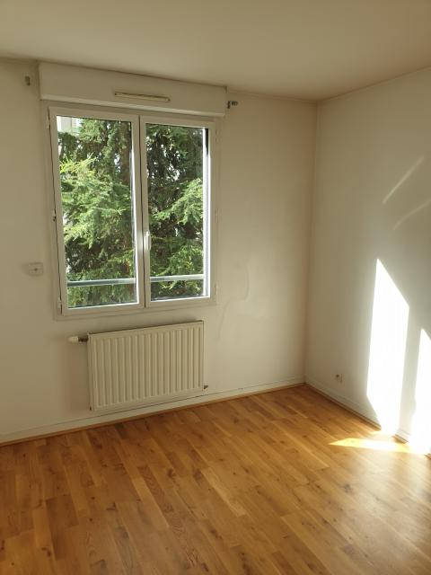 Location appartement T3 Lyon 8 - Photo 2