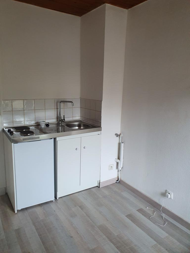 De particulier à particulier, appartement, de 50m² à Remaucourt