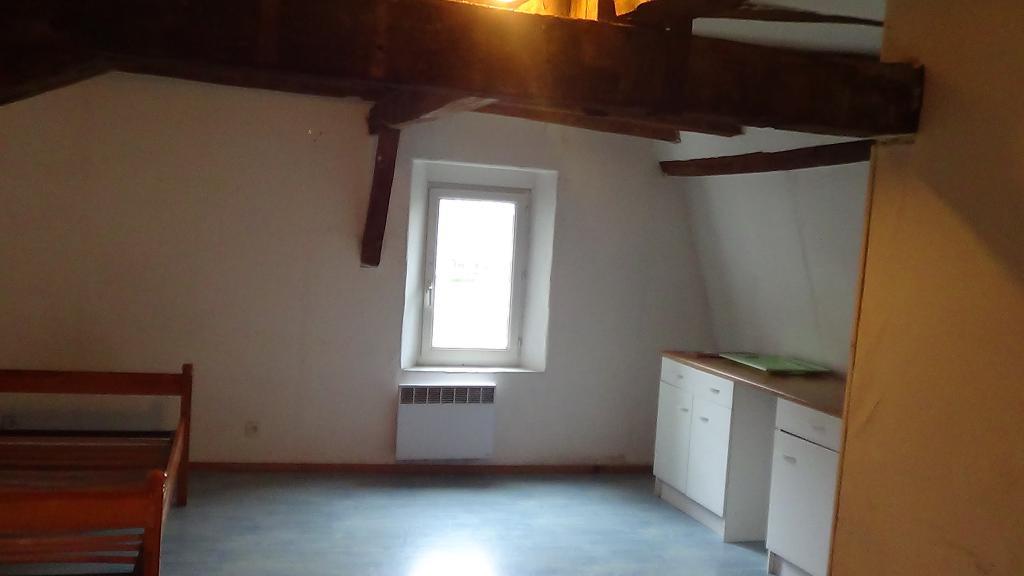 Location de particulier à particulier à Bourges, appartement studio de 28m²
