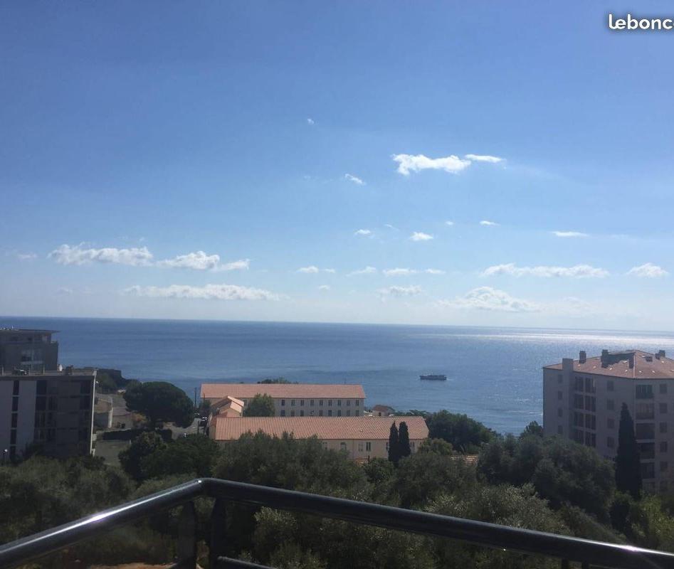 Location appartement entre particulier Santa-Maria-di-Lota, appartement de 42m²