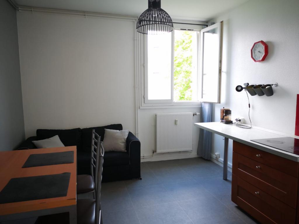 Location immobilière par particulier, Clairoix, type appartement, 29m²
