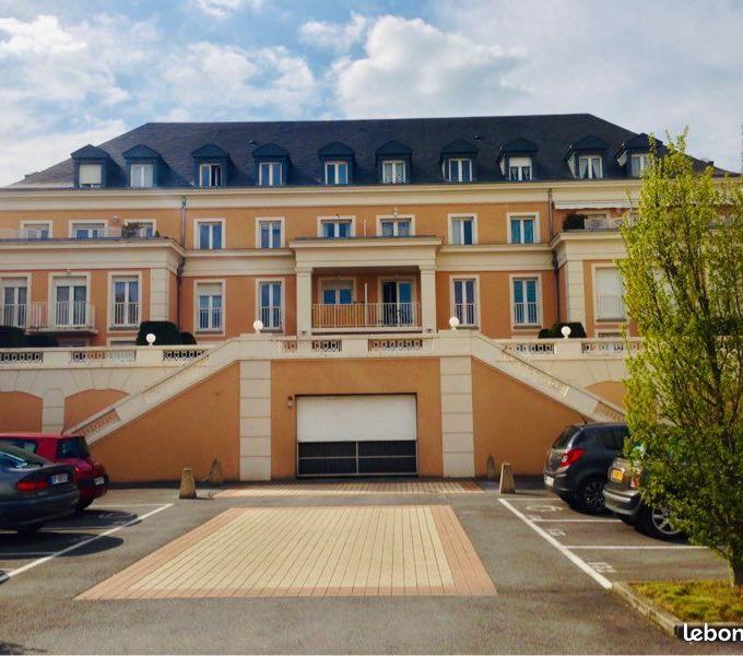 Location particulier à particulier, appartement à Vaux-le-Pénil, 43m²