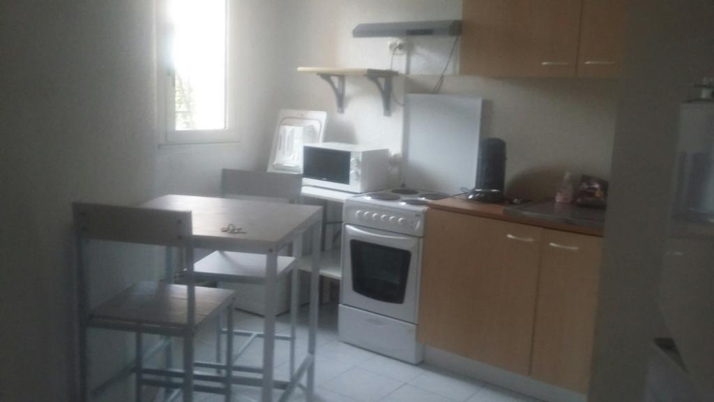 Entre particulier à Béziers, studio, de 34m² à Béziers
