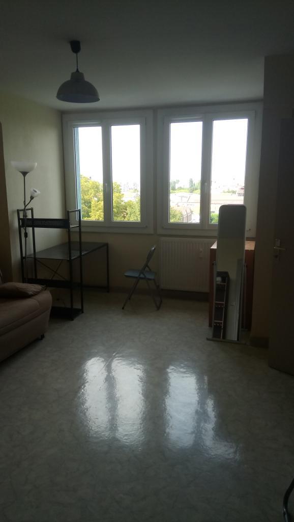 Appartement particulier, studio, de 26m² à Troyes