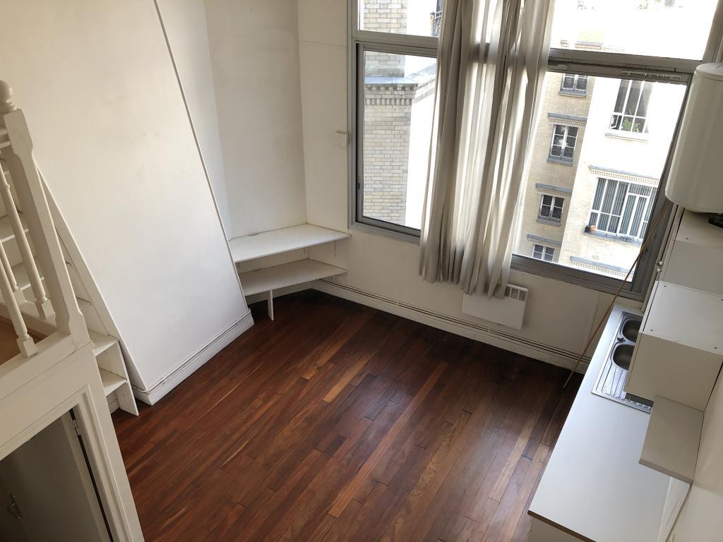 Appartement particulier à Paris 14, %type de 32m²