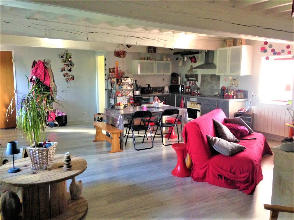Location appartement par particulier, appartement, de 80m² à Saint-Didier-sur-Chalaronne