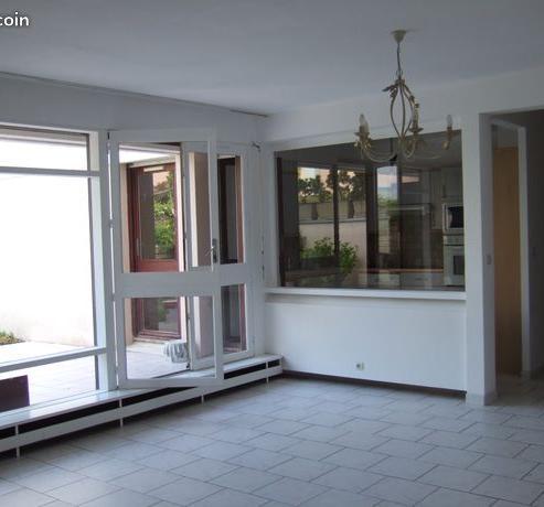 Particulier location, appartement, de 93m² à Mancy