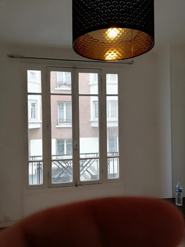 Location immobilière par particulier, Paris 11, type studio, 20m²