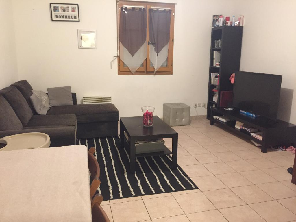 Location de particulier à particulier, appartement, de 56m² à Combs-la-Ville