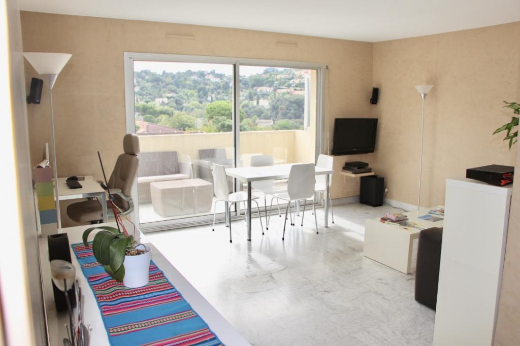 Location particulier à particulier, appartement à Vallauris, 60m²
