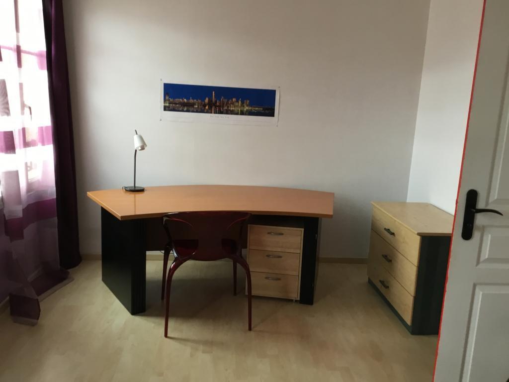 Location particulier à particulier, chambre, de 17m² à Jouy-le-Moutier
