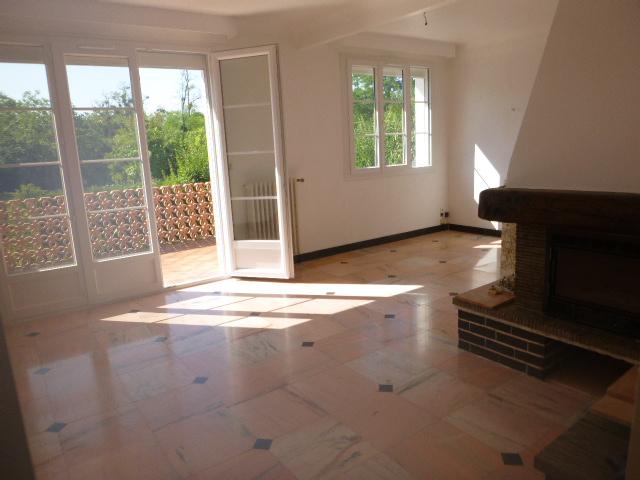 Location particulier à particulier, maison à Saint-Julien-les-Villas, 90m²