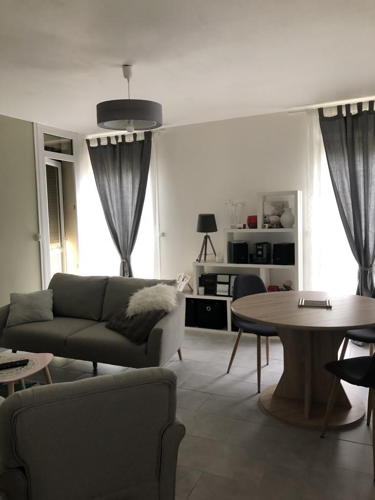 Location particulier à particulier, chambre, de 10m² à Avon