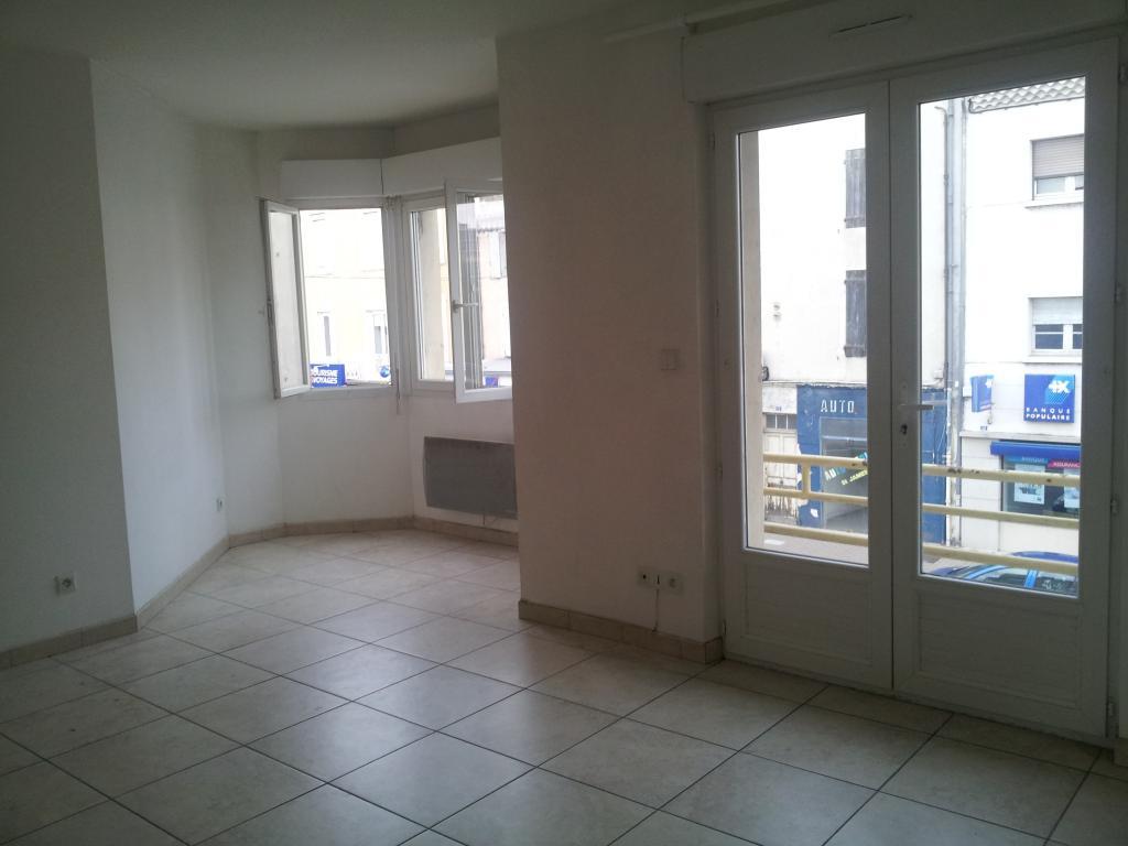 Location de particulier à particulier, appartement, de 60m² à Montélimar