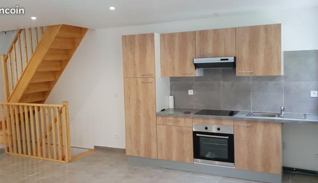 Location appartement par particulier, maison, de 100m² à Lachapelle-Saint-Pierre
