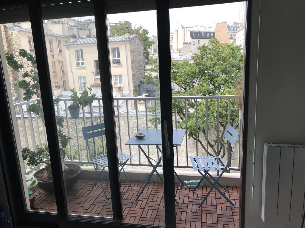 Entre particulier , studio, de 17m² à Paris 14