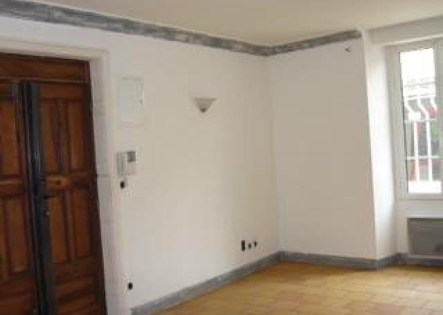 De particulier à particulier, studio à Carpentras, 25m²