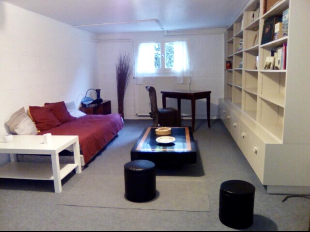 Appartement particulier à La Chaussée-Saint-Victor, %type de 26m²