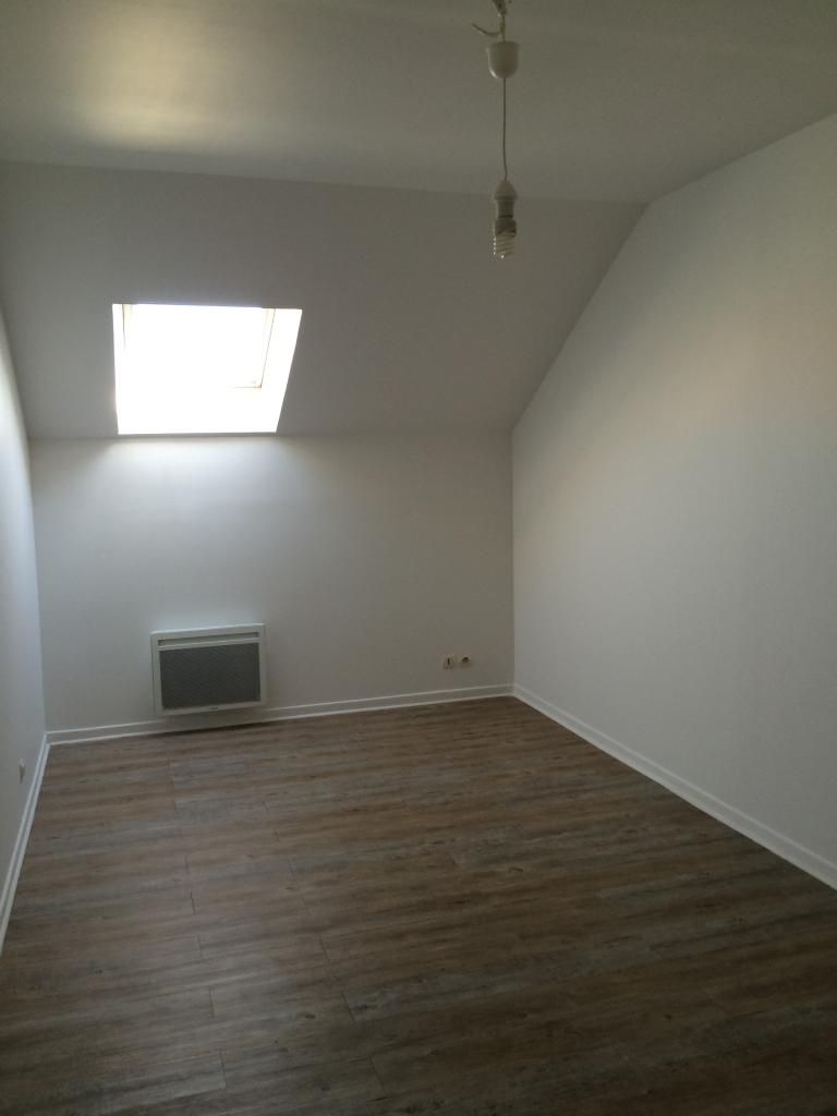 Location particulier, appartement, de 60m² à Vaux-le-Pénil