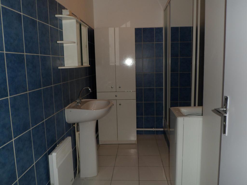 Appartement particulier à Marseille 06, %type de 30m²
