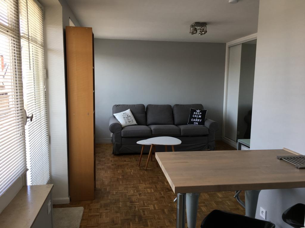 Appartement particulier, studio, de 25m² à Valenciennes