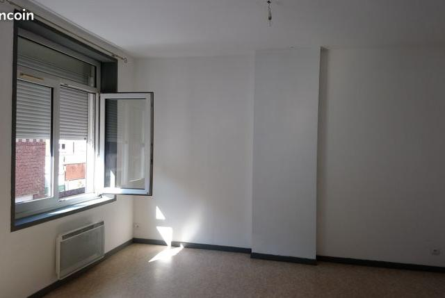 Location appartement entre particulier Wallon-Cappel, appartement de 75m²