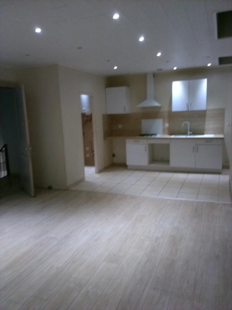 Location de particulier à particulier, appartement, de 54m² à Birac-sur-Trec