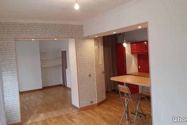 Entre particulier à Remaucourt, maison, de 75m² à Remaucourt