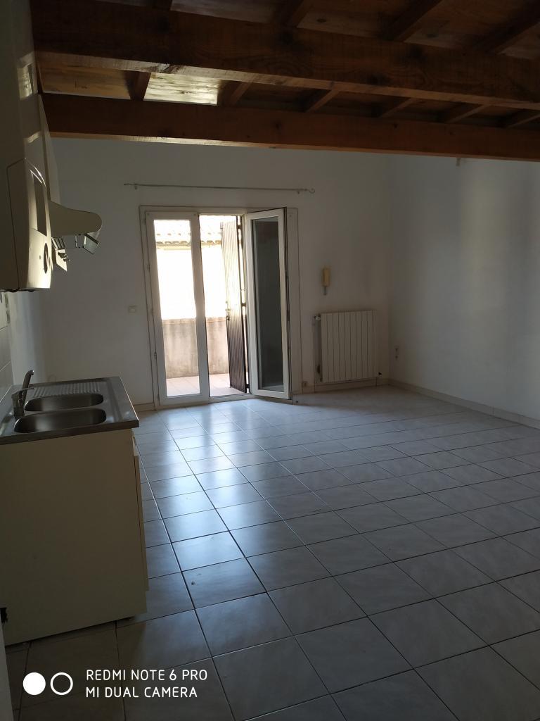Location appartement entre particulier Saint-Félix-de-Lodez, appartement de 62m²