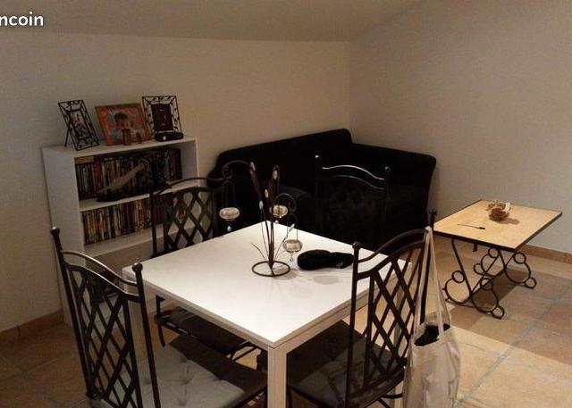 Entre particulier , appartement, de 30m² à Marseille 05