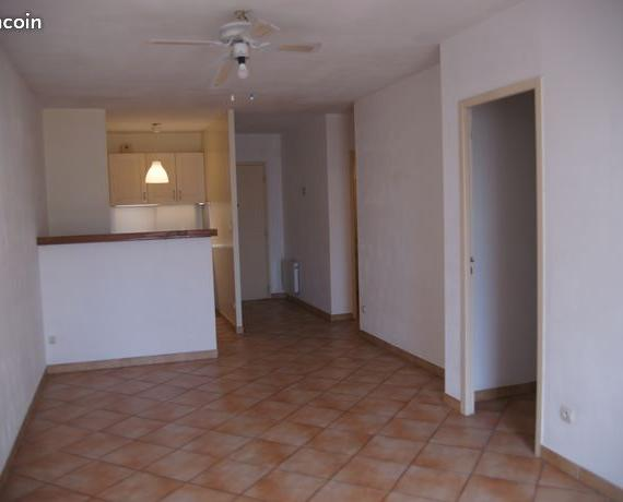 Location appartement T2 La Cadiere d'Azur - Photo 1