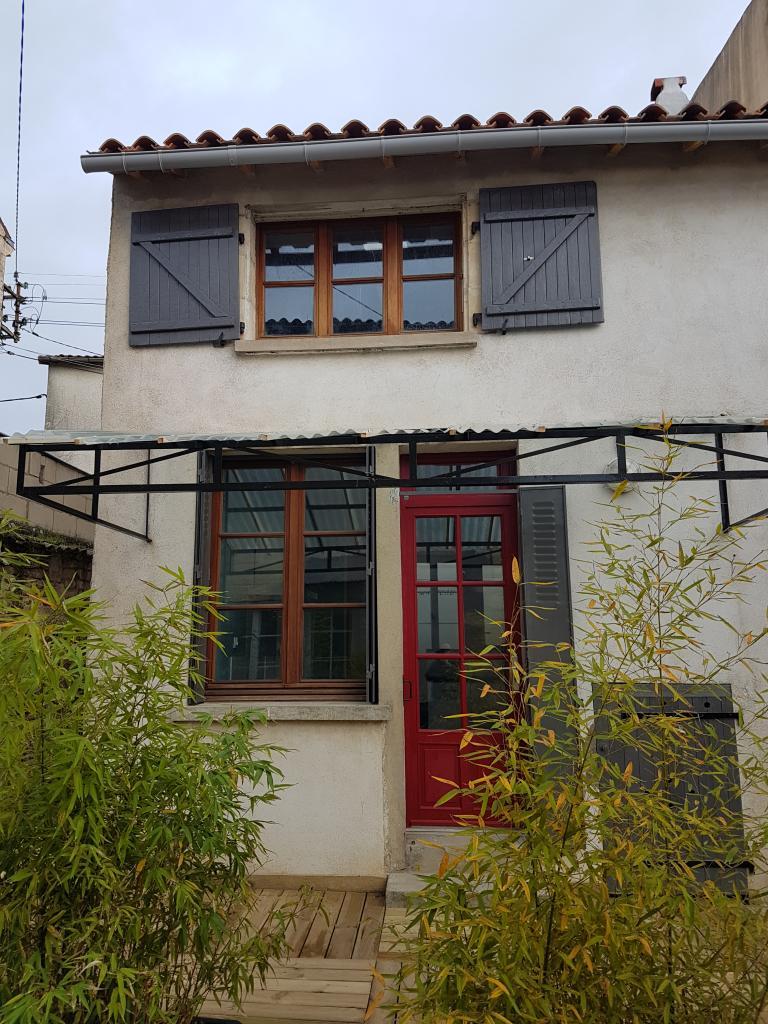 De particulier à particulier, maison à Niort, 60m²