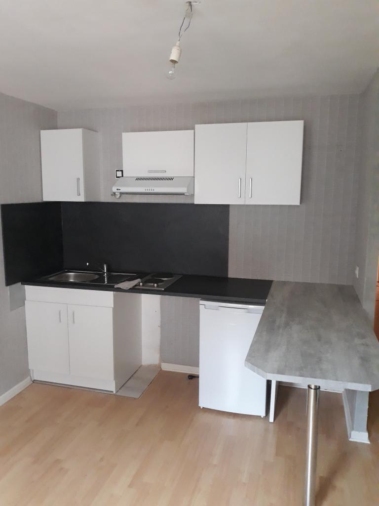 Particulier location, appartement, de 32m² à Le Magnoray