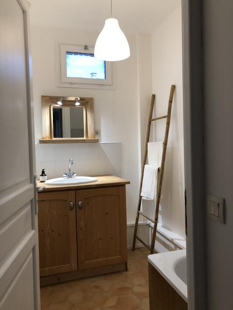 Location appartement T4 Gonneville la Mallet - Photo 4