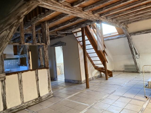 Location appartement T4 Ste Maure - Photo 3