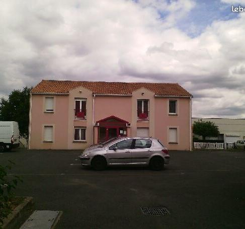 Location appartement T1 Buxerolles - Photo 1