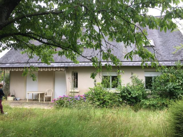 Location maison F6 Change - Photo 1