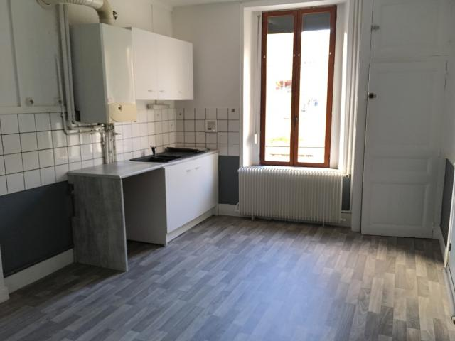Location appartement T5 Warcq - Photo 3