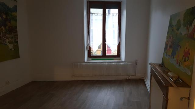 Location appartement T5 Warcq - Photo 5
