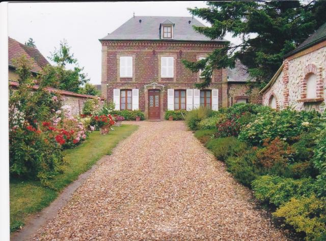 Location maison F6 Romilly sur Andelle - Photo 1