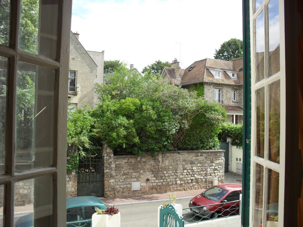 Appartement particulier à Saint-Germain-en-Laye, %type de 28m²