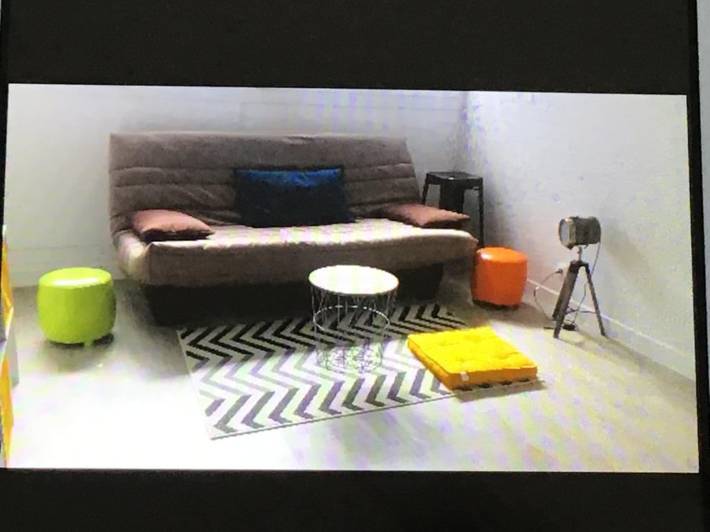 location d 39 appartement t1 meubl entre particuliers au mans 395 35 m. Black Bedroom Furniture Sets. Home Design Ideas